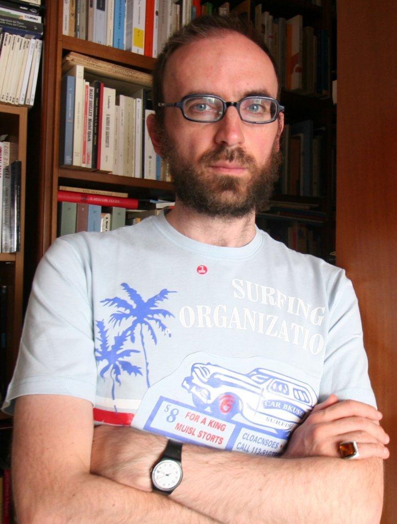 Luca Scarlini: «la lettura è commisurata alla necessità di uscire da se stessi»